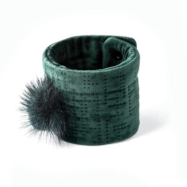 Emerald green velvet bracelet